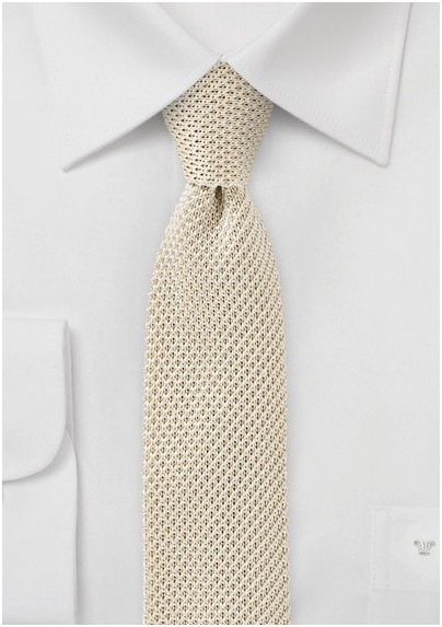 Silk Knit Skinny Tie in Light Cream Color