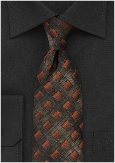 Diamond Tie in Textured Greens and Bronzes