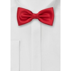 Pre-Tied Men's Bow Tie in Bright Red