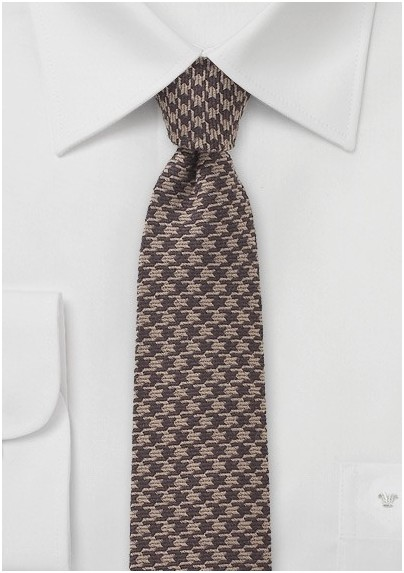 Brown Dogstooth Necktie in Wool