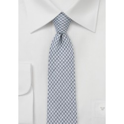 Slim Cut Houndstooth Tie in Grey