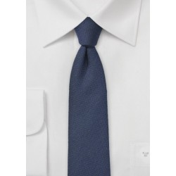 Solid Wool Tie in Navy