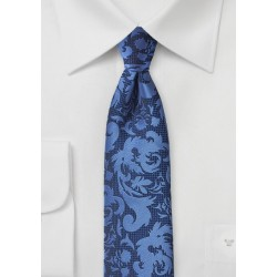 Modern Scroll Pattern Tie in Bright Blues