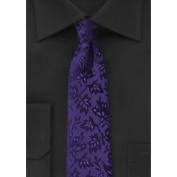 Trendy Floral Tie in Violet
