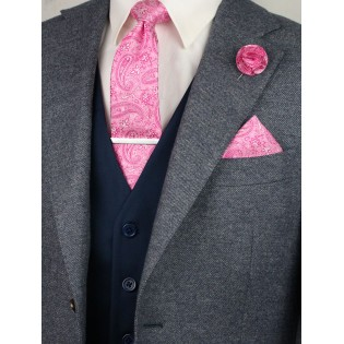 Matching geranium paisley necktie and pocket square