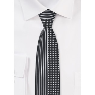 Modern Skinny Tie in Black and Silver