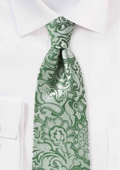 XL Paisley Tie in Clover Green